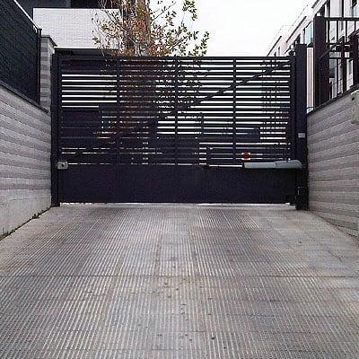 mantenimiento-puertas-automaticas-garaje-madrid