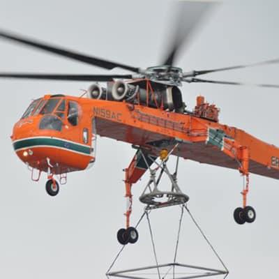 helicoptero-carga-montaje-torre
