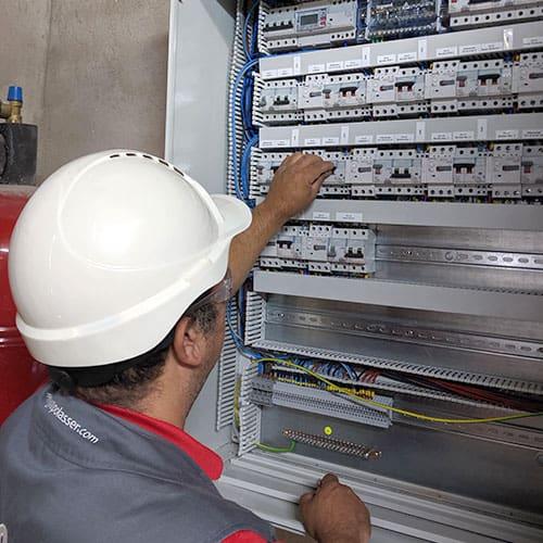 tecnico-electricidad-lasser